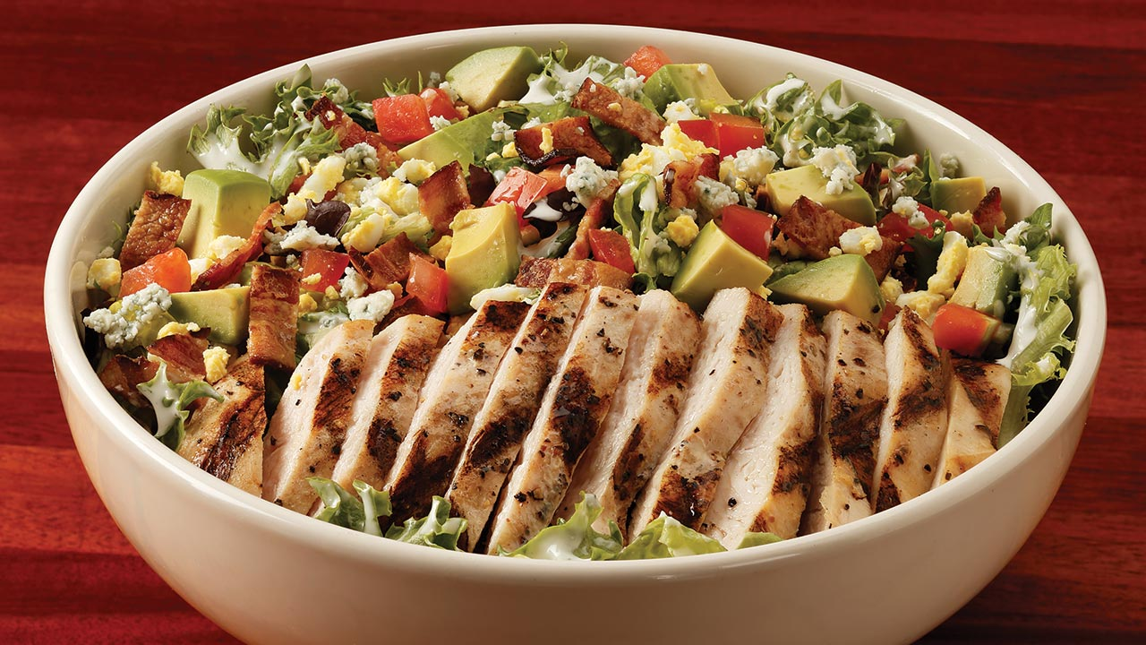 picture of tossed chicken cobb salad